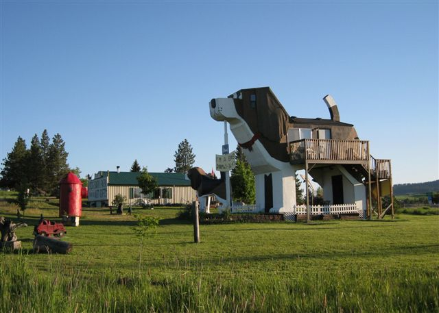 Quirky Listing – Dog Bark Park Inn, Cottonwood, ID 1